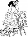 Kleurplaat Kerstboom versieren>> Kleurplaat Kerstboom versieren