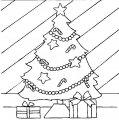 Pakjes onder de kerstboom >> Kleurplaat pakjes onder kerstboom